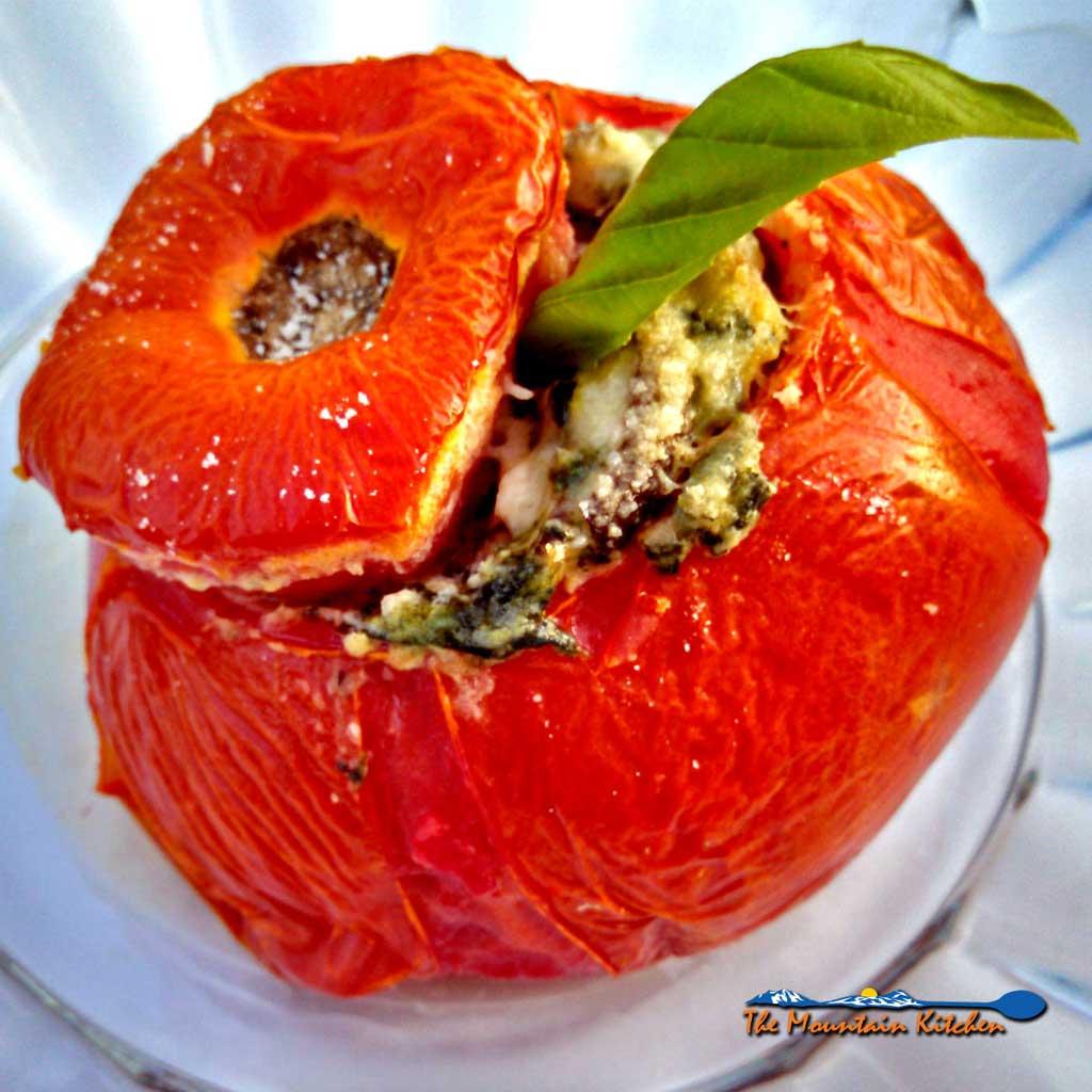 Vegetarian Stuffed Tomatoes {A Meatless Monday Recipe