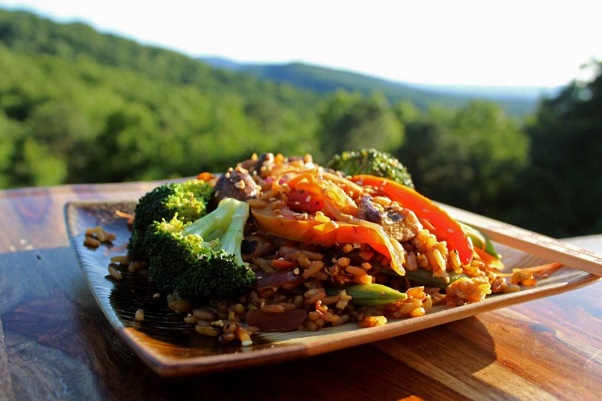 stir-fry with mountain view
