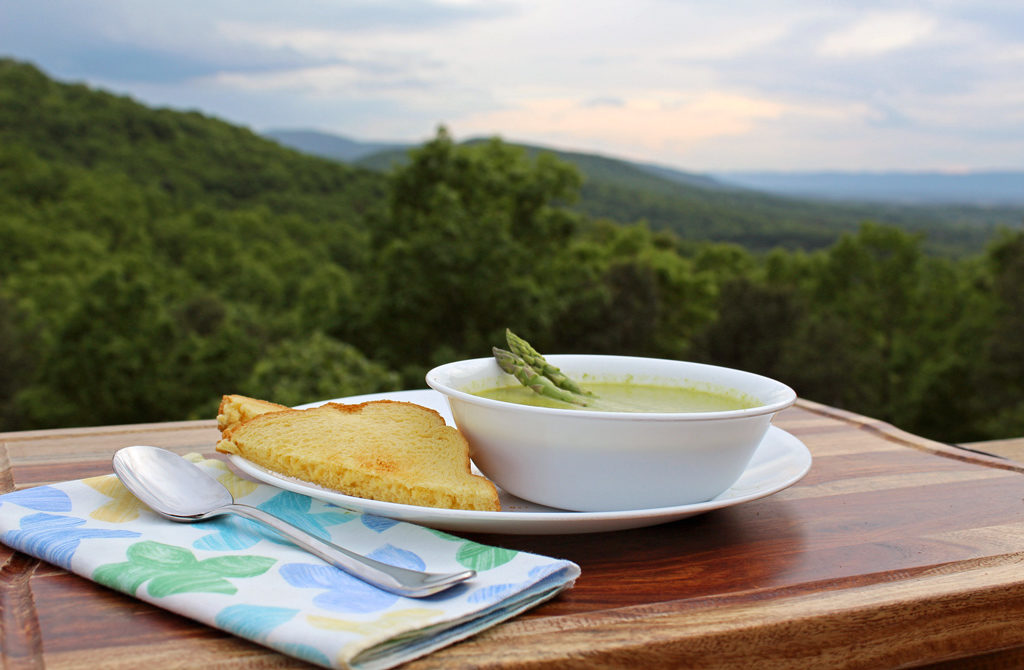This classic cream of asparagus soup is velvety smooth, mild and gently flavored with lemon and a hint of nutmeg, this asparagus soup tastes pretty luxurious. | TheMountainKitchen.com