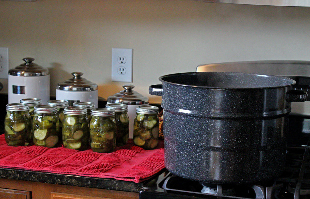 waterbath canner with pickles in jars