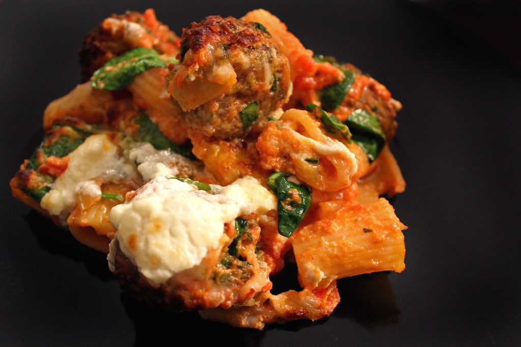 baked pasta with meatballs and spinach