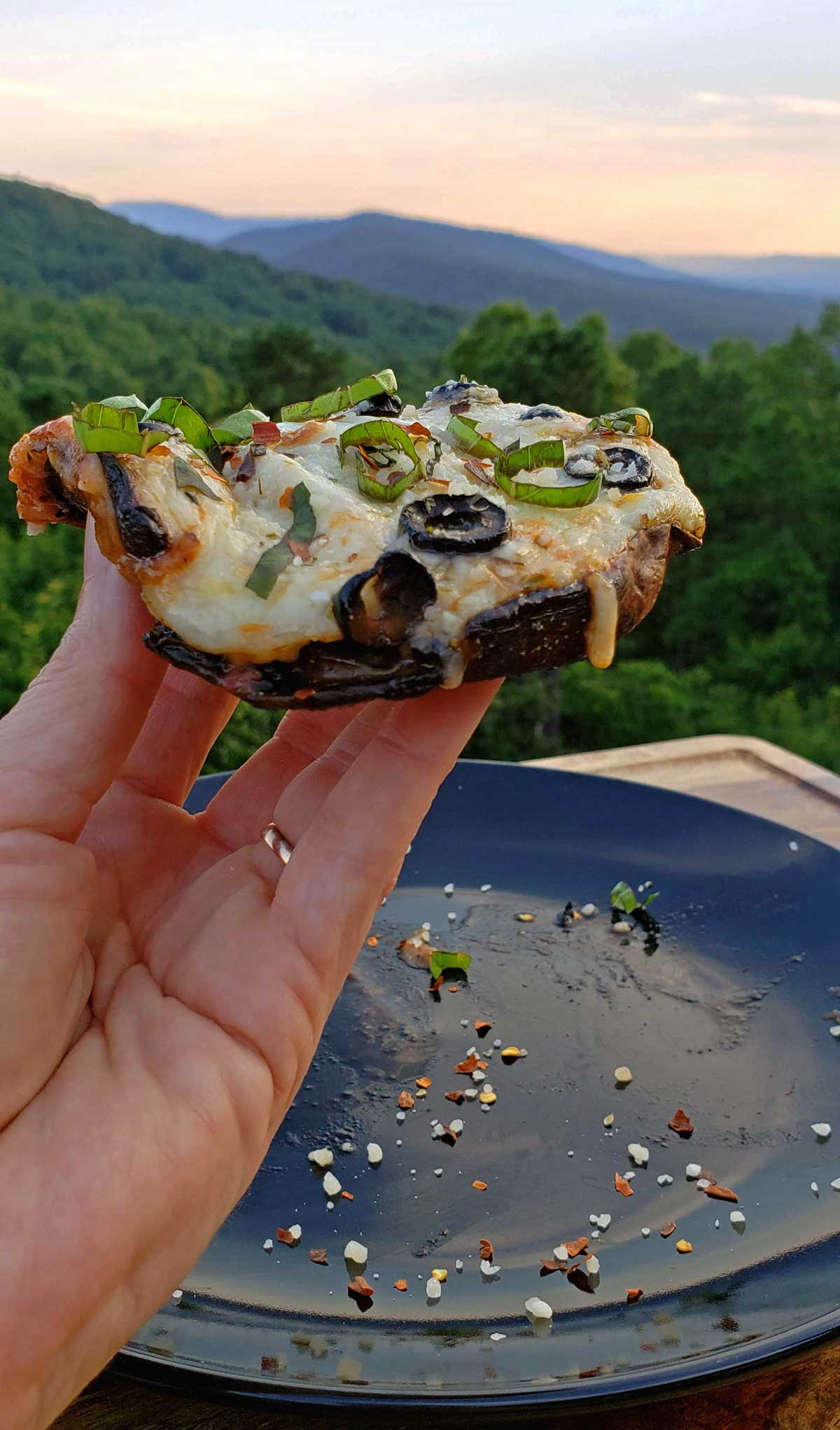Make pizza night more wholesome with these vegetarian and low-carb, portobello mushroom pizzas, substituting traditional crust with mushroom caps. Yum! | TheMountainKitchen.com