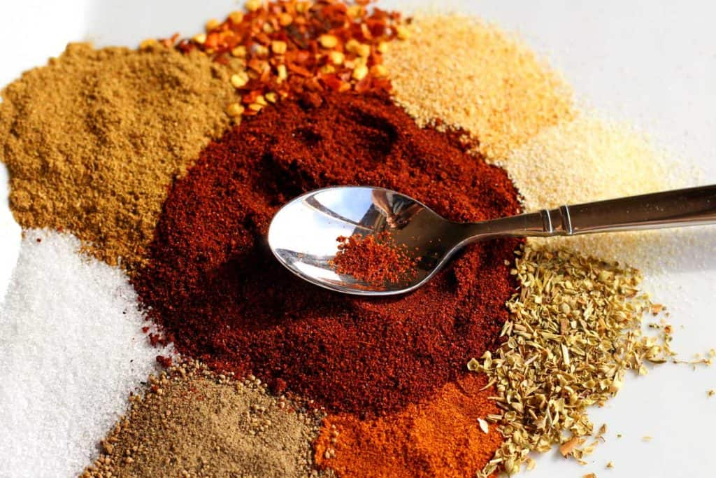 Made in 3 minutes or less, this fresh homemade taco seasoning is a blend of inexpensive, herbs and spices. Fresher and better, because it's all natural!