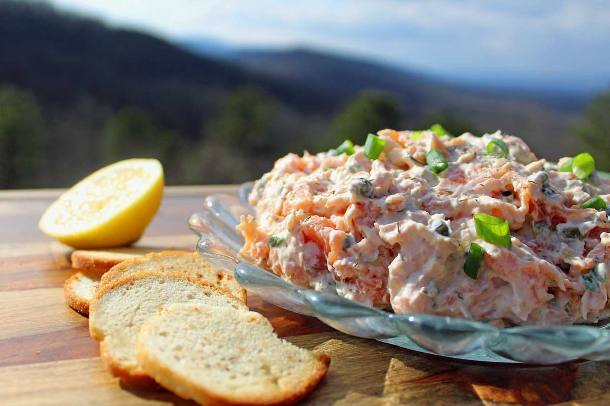 salmon spread with bagel crisps