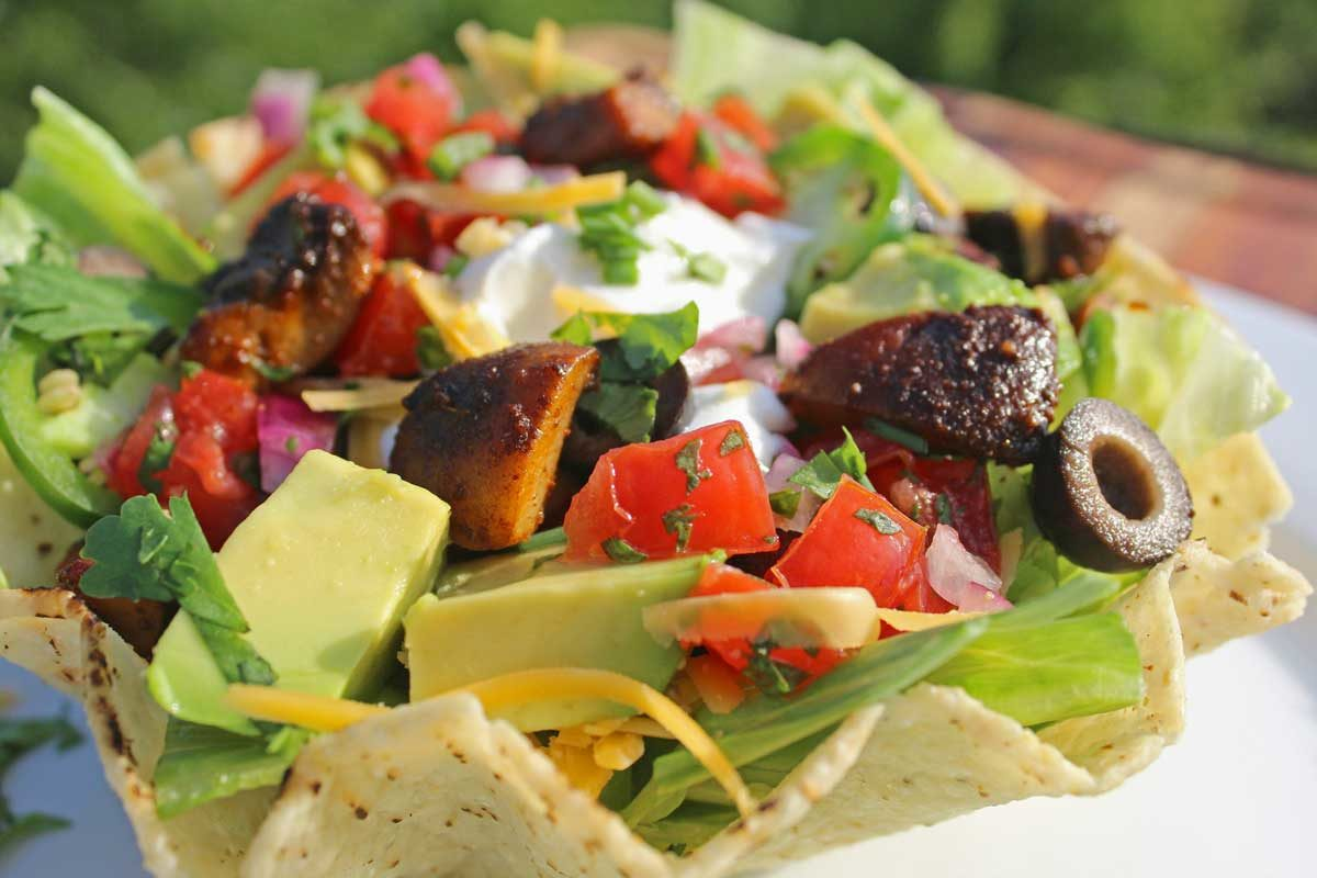 vegetarian taco salad with tortilla bowl