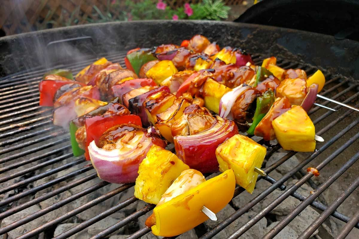grilling kabobs