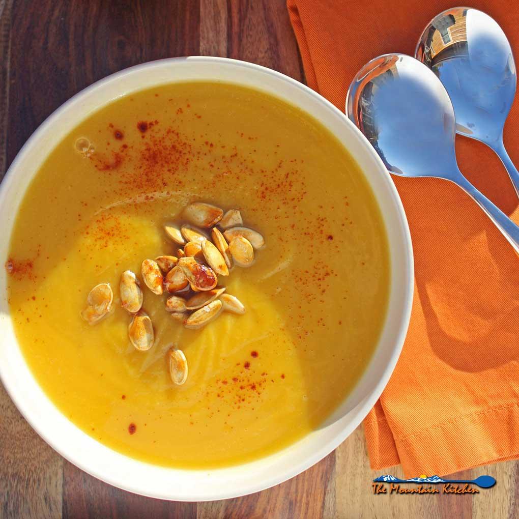 Pumpkin-Apple Soup {A Meatless Monday Recipe