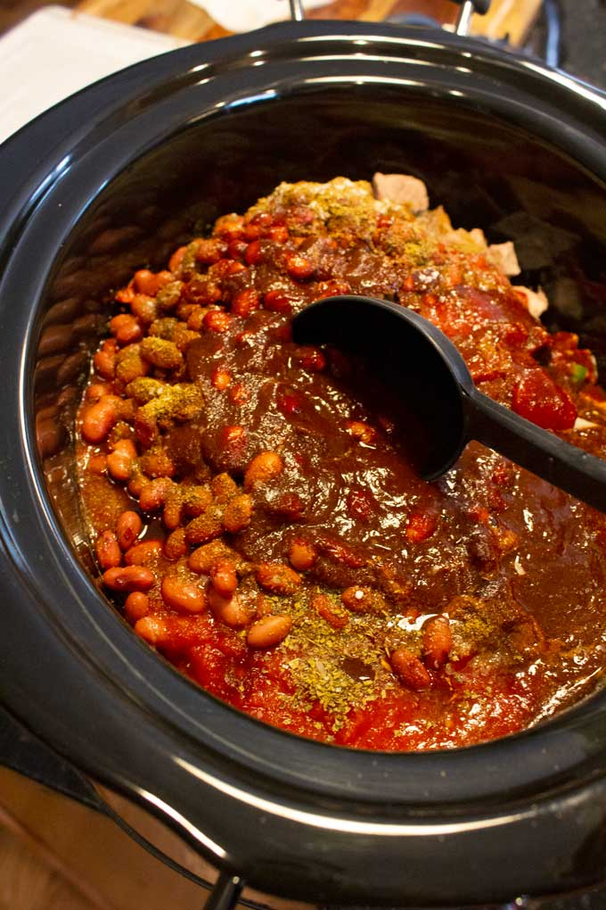 chili ingredients in crock-pot