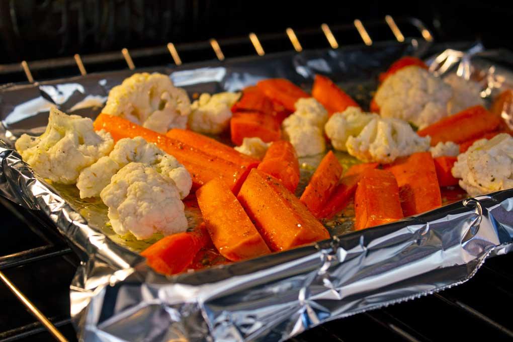 roasting cauliflower and carrots